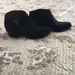 Lucky 🍀 Brand Suede Booties
